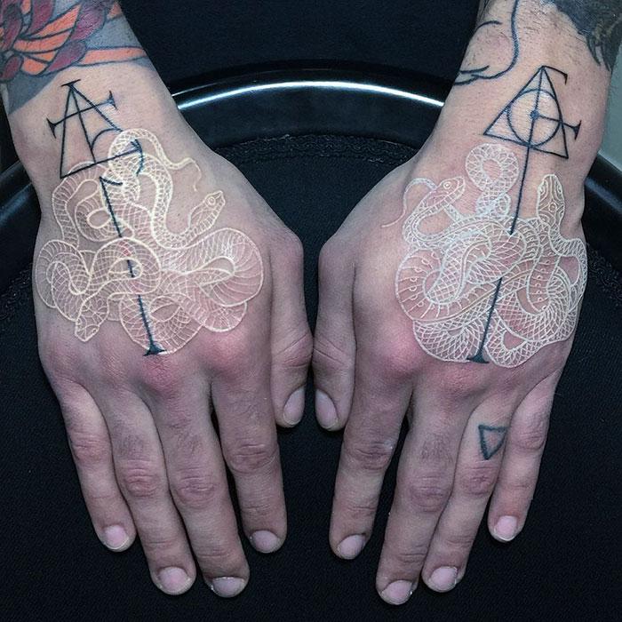 Le Tatouage En Noir Et Blanc Tattoos Fr