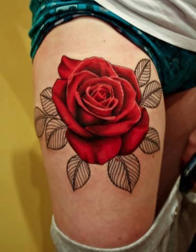 le tatouage fleur de peau la rose. Black Bedroom Furniture Sets. Home Design Ideas